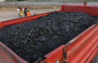 Kaçak kömür taşıyan kamyona rekor ceza...