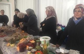 Girişimci kadınlar kendi ürünlerini sattılar