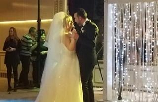 Anıl Saraç ve Özgür Karabulut evlendi