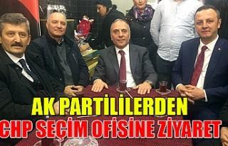 Ak Partililerden CHP Seçim ofisine ziyaret
