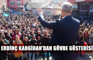 Erdinç Kargidan'dan, gövde gösterisi