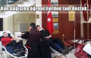 Kan bağışına öğrencilerden tam destek...