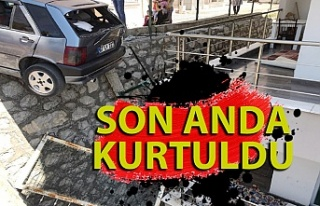 Karabük'te kaza: otomobil askıda kaldı