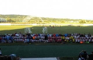 Şehit Kerim Keçeci anısına düzenlenen futbol...