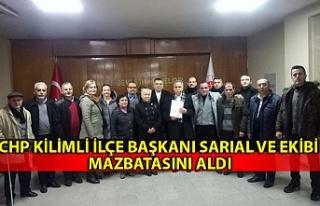 CHP Kilimli İlçe Başkanı Sarıal ve ekibi mazbatasını...