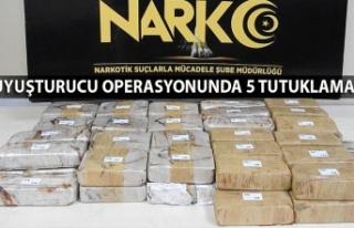 Uyuşturucu operasyonunda 5 tutuklama