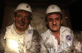 Resmiyetinin ilk gününde madene indi...