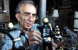Bu atölyede 72 yıldır madenci heykelleri yapılıyor