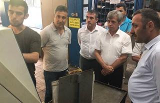 Vali Çınar, ZESOB atölyelerinde