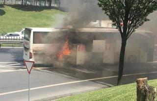 Zonguldak otobüsü alev alev yandı