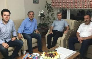 Vali Çınar'dan, Ayan ailesine başsağlığı ziyareti
