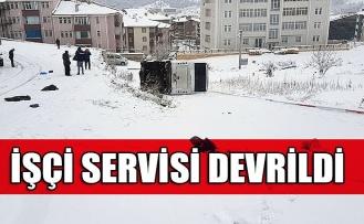 İşçi servisi devrildi