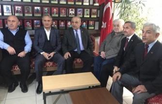 """""""Belediye Başkan Adayları bu yarışı Hamdi Ayan yarışına döndürmüştür"""""""