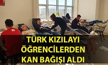 Türk Kızılayı, öğrencilerden kan bağışı aldı