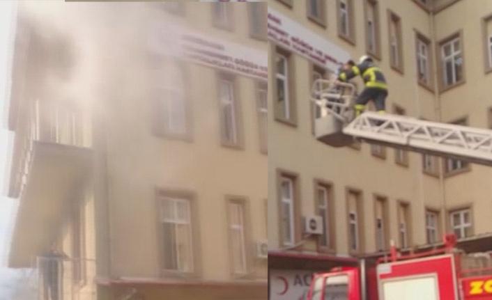 Hastanede yangın alarmı!