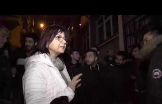 İŞKUR il müdürü Gönül Demirsu kuyruğa girenler ile görüştü...